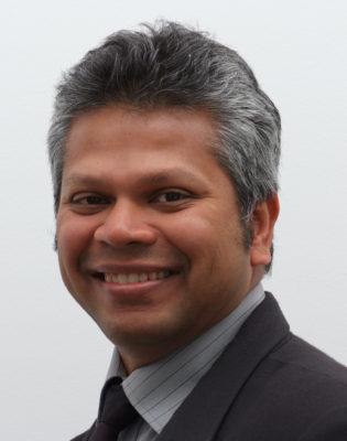 Dr Praveen Nathaniel (Prosthodontist)